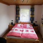 Doppelbett im Familenzimmer